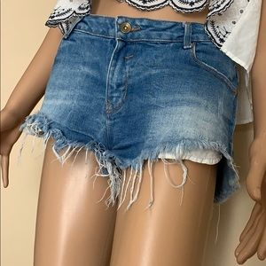 """""""Zara"""" Trafaluc Jean short"""
